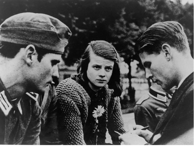 September 8th 2013 – THE HOLOCAUST SALON 2 – What can we learn ...